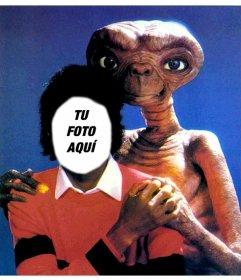 Michael Jackson con ET, fotomontaje de Michael Jackson con tu foto