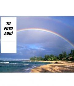 Fondo de pantalla para twitter de arcoiris en una playa, para poner tu foto online