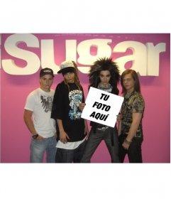 Montaje para poner tu foto en un cartel sujetado por el grupo Tokio Hotel como su mejor fan