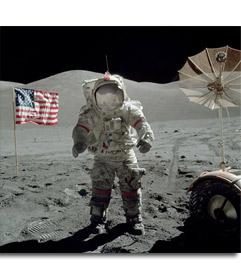 Fotomontaje para poner tu cara de un astronauta en la Luna