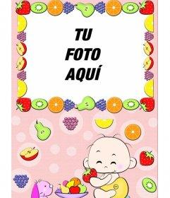 Marco para fotos para bebes, donde aparece un niño comiendo fruta y el marco rodeado de frutas