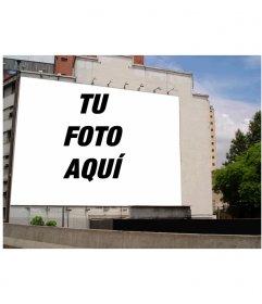 Tu fotografía favorita en un gran cartel sobre una fachada