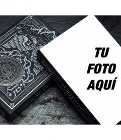 Pon tu foto en una baraja de cartas oscura