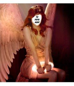 Pon tu cara en una mujer pelirroja con alas de ángel con este montaje