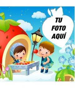 Alegre postal para niños con marco en forma de fresa