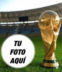 Fotomontaje con la copa del mundo para poner una foto en una forma de balón