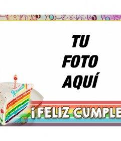 Tarjeta de cumpleaños con tarta arcoíris y marco de colores