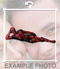 Deadpool acostado y que puedes poner en tus fotos como sticker