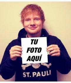 Aparece en la carátula de X por Ed Sheeran agarrando tu fotografía