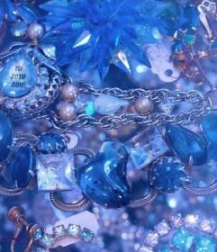 Juego para encontrar tu cara en uno de estos diamantes y piedras preciosas azules