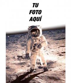 Fotomontaje con la famosa foto de Neil Armstrong en la luna