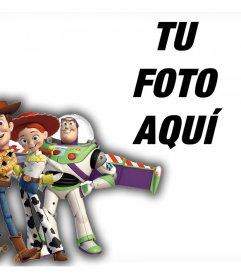 Personajes de Toy Story en tus fotos con este montaje online