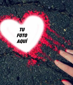 Fotomontaje de un corazon de tinta roja para tu foto