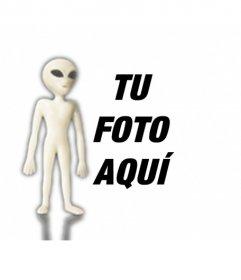 Fotomontaje de un alien de ojos grandes y largos brazos que se colocará en tus fotografías y podrás asustar a tus amigos