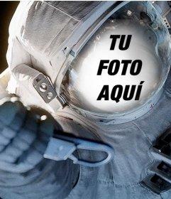 Ajusta tu cara en una escafandra de un astronauta en el espacio