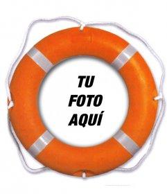 Fotomontaje para poner tu foto dentro de un flotador salvavidas naranja donde podrás añadir también un texto online