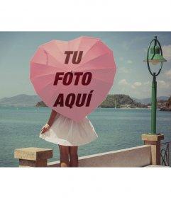 Paraguas en forma de corazón con tu foto en un fondo romántico