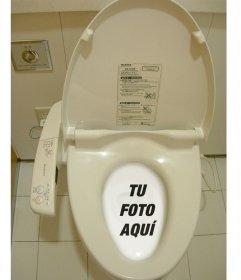Fotomontaje divertido donde meterás tu foto en un wc chino o japonés disuelta en el agua del retrete