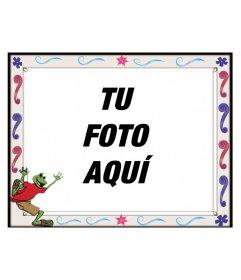 Sube una imagen y aplícale este montaje fotográfico, un marco para fotos infantil con diseño de rana abrazando la foto
