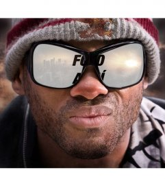 Fotomontaje para poner tu foto en el reflejo de unas gafas de sol