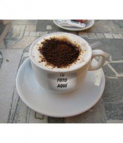 Fotomontaje para insertar tu foto como marca de una taza de café