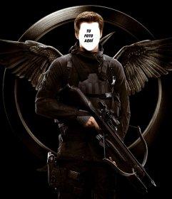 Pon tu cara en la del famoso Liam Hemsworth en la película Los Juegos del Hambre