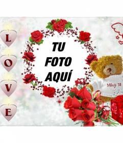 Marco para fotos, con la palabra LOVE en forma de corazones un osito con rosas