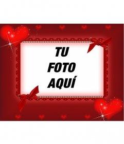Marco rojo rectangular para una fotografía, vemos detalles de brillantes, cintas y corazones