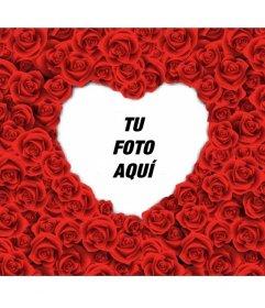 Marco de fotos con forma de corazón lleno de rosas rojas para tus fotos románticas de amor