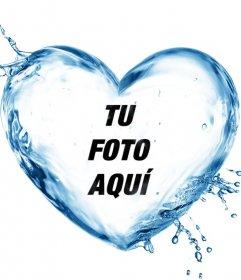 Marco para fotos con forma de corazón hecho con un chorro de agua
