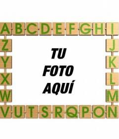 Marco para fotos con un abecedario para niños