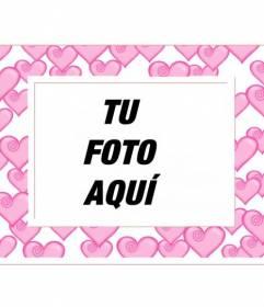 Marco para fotos con decenas de corazones rosas y borde blanco. Para enamorados