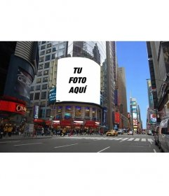 Fotomontaje para que aparezca tu foto en un panel publicitario de una calle de New York
