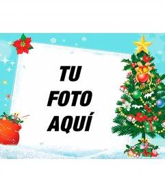 Postal de navidad de fondo azul con un árbol decorado