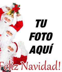 Postal para enviar en Navidad en la que puedes poner tu foto, con 3 Papa Noel que desean una Feliz Navidad!