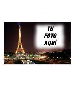 Pon tu foto de fondo de una postal con la torre Eiffel y paris de fondo