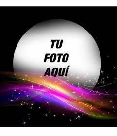 Marco de fotos negro con unos destellos de colores brillantes en la parte inferior y un hueco redondo donde poner una foto