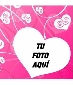 Fotomontaje de amor para decorar tus fotos románticas con un fondo de corazones blancos sobre rosa creando un efecto de planta del amor