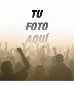 Fotomontaje con una foto de multitud de gente en un concierto en un festival de música