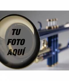Fotomontaje con una trompeta para poner la fotografía que quieras y añadir un texto