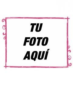 Montaje fotográfico en que tu fotografía aparece con un marco rosa con borde y espirales