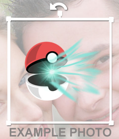 Pegatina de una Pokebola abriéndose con un rayo de luz para pegar en tus fotos