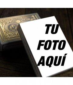 Foto montaje con una caja de cartas