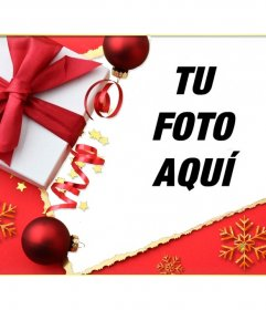 Postal de Navidad con un regalo y un lazo para poner tu foto al lado