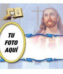 Plantilla gratuita de recuerdo Comunión personalizable con foto Motivo de Jesucristo con biblia y cáliz