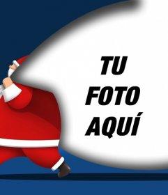 Tarjeta de Navidad para poner tu foto con Santa Claus llevando un saco en el que puedes poner una foto