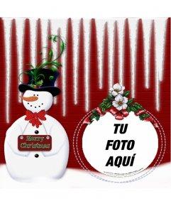 Marco para fotos redondeado, con un muñeco de nieve donde podrás poner tu foto dentro de una bola de Navidad