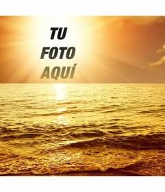 Fotomontaje con una puesta de sol marina, en el que una cara o recorte de imagen aparece en el centro del astro rey, bañando con un resplandor dorado un mar con ligero oleaje