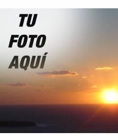 Con este fotomontaje, podrás editar una puesta de sol en la costa, haciendo un collage con un recorte de tu fotografía. Ideal para caras