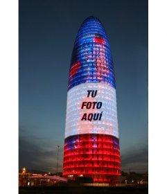Fotomontaje en el que pondrás tu foto sobre la Torre Agbar de Barcelona